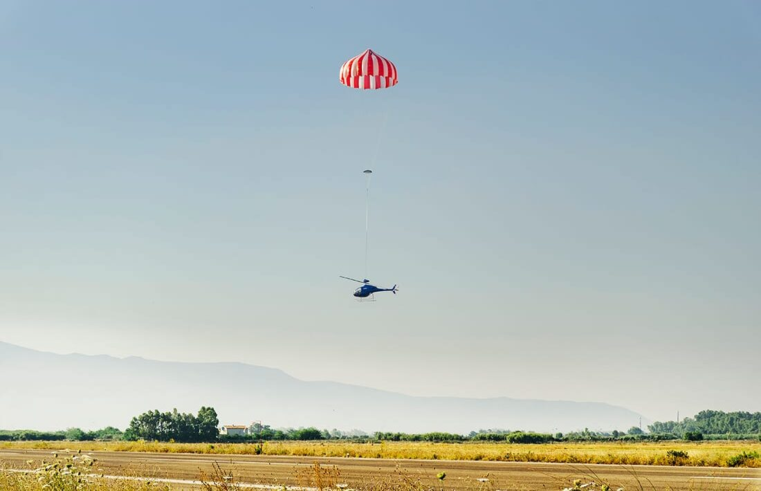 helicopter-with-parachute.jpg